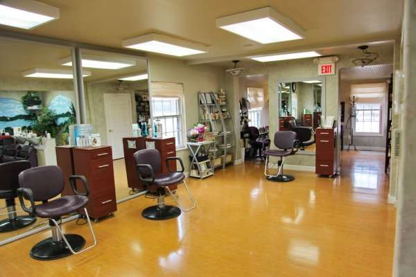 facility spa private rooms staff crystal 39 s spa and salon
